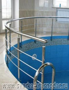 Поручни и лестницы для бассейнов
